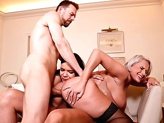 Big-chested Mummy Gets Fucked By Her Spouse And Her Stepdaughters Beau