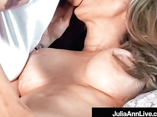 Big-boobed Cougar Julia Ann Muff Dives With Lezzie Kayla Paige!