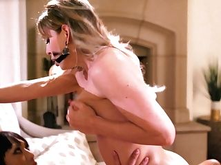 Asian Shemale Licks And Fucks Delicious Honeypot Of Sexy Mummy Cherie Deville