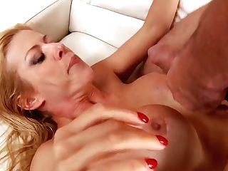 Big Booty Matures Woman Alexis Fawx Gets Fucked By Big Penis