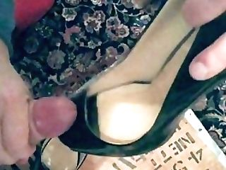 Wifey Tugjob On Her High-heeled Shoes