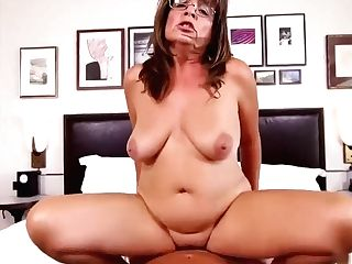 Gilf With Glasses
